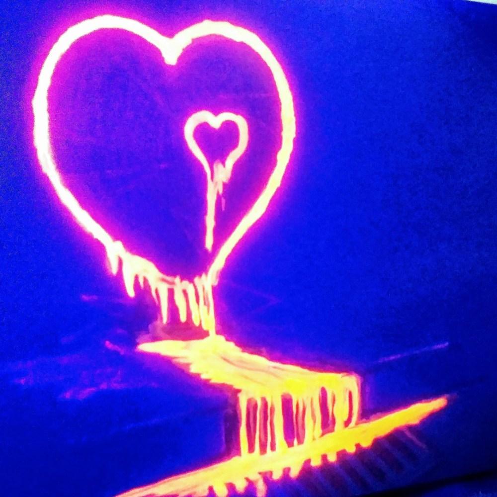 Glowing heart image