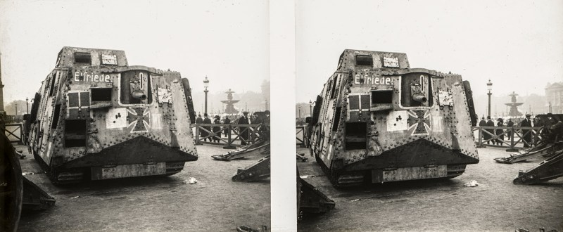 "Stereoscopic image depicting a frontal view of A7V ""Elfriede"" at the Place de la Concorde."