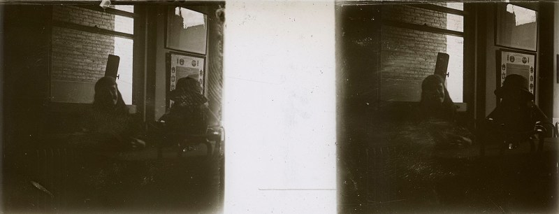 Random European Glass Stereoview #12