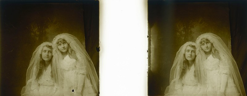 Random European Glass Stereoview #49