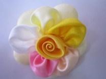 Bros Grosir Kain Cantik Bunga Silvi-kuning
