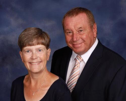 Cadiz elder Lindsey Champion and wife Joy