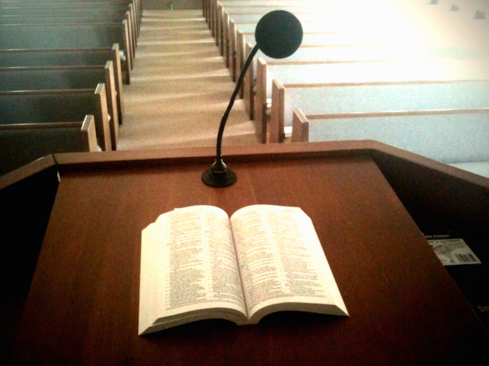 Preacher remembers father, makes 'poetic find' of sermon for grads