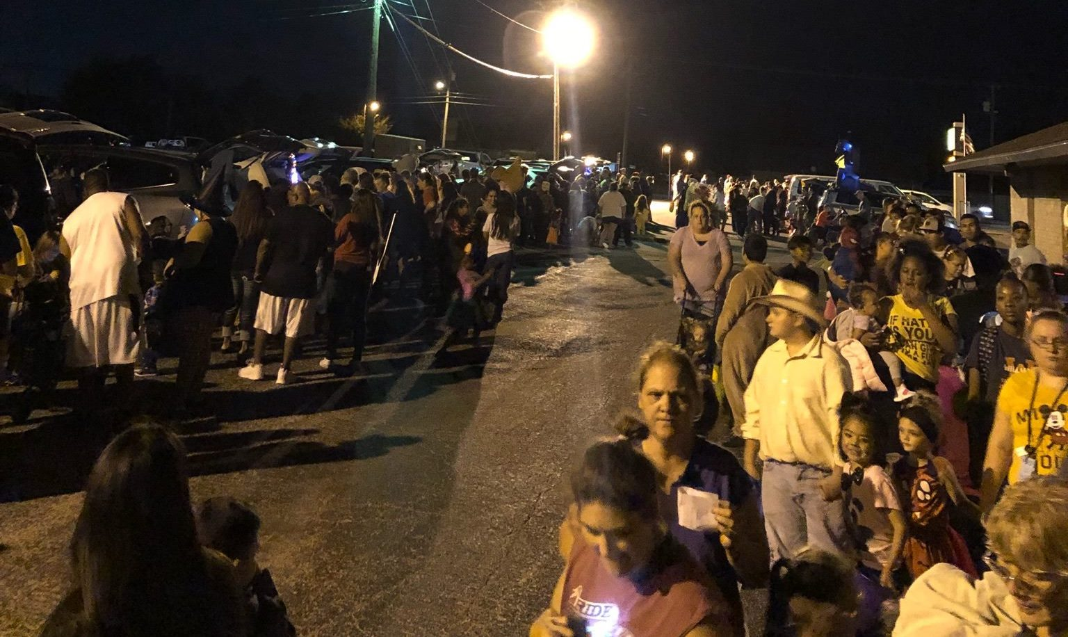 Texas church sets up 12 Bible studies at Trunk or Treat, 59 want to know more