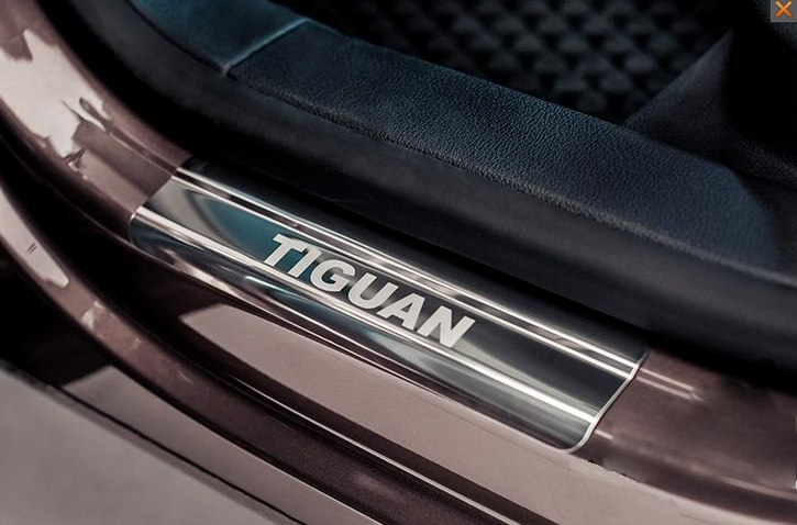 Накладки на пороги с VW Tiguan