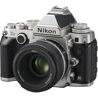 Nikon DF Front