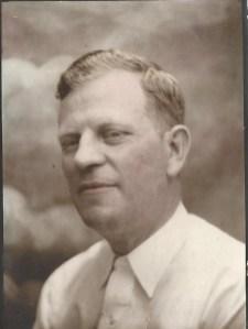 Cecil Roberts