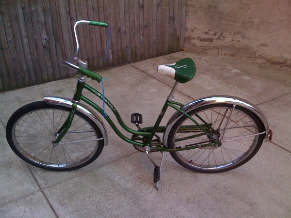 Bicycle Schwinn Hollywood Brownboots
