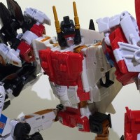 Review: Transformers Combiner Wars Superion