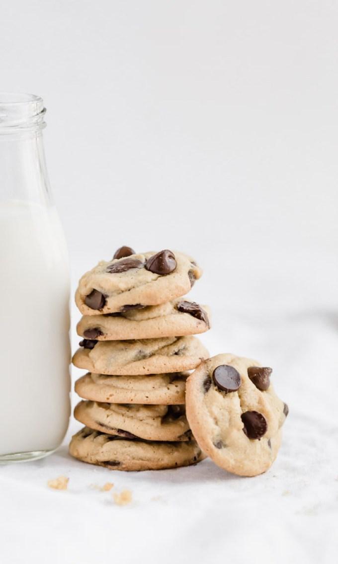 peanut butter milk chocolate chip cookies, cookies, pb and chocolate cookies, peanut butter, chocolate, milk chocolate chip cookies