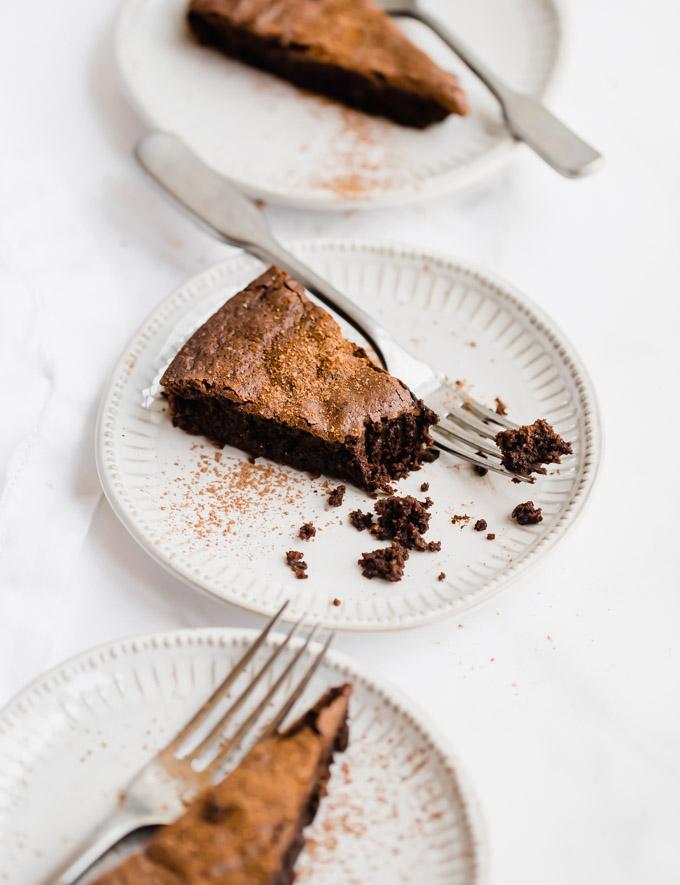 flourless-choclate-almond-cake