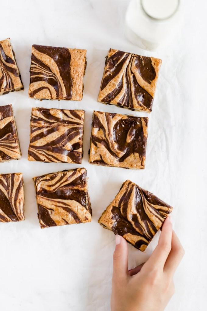 gluten-free-chocolate-tahini-blondies