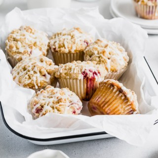 raspberry-streusel-muffins