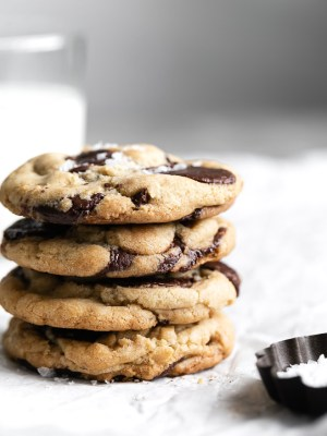 the-ultimate-chocolate-chip-cookies