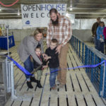 Defenbaugh family hosts first IL pig barn open house of 2019