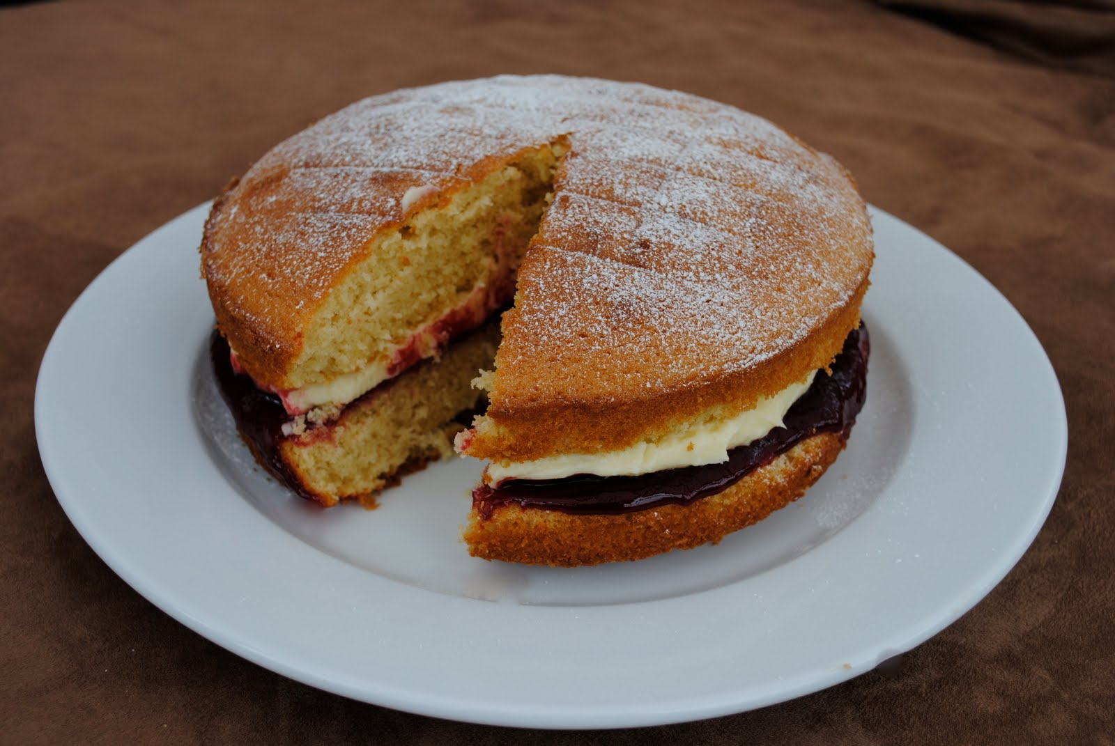 Cake baking demonstration in Brownhills this Thursday  Get