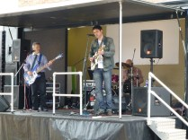 I don't know who these guys were. They were brilliant, and played to a criminally small audience, which was sad.