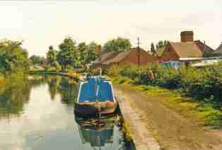 Image courtesy of Brownhills George, posted on Panoramio.
