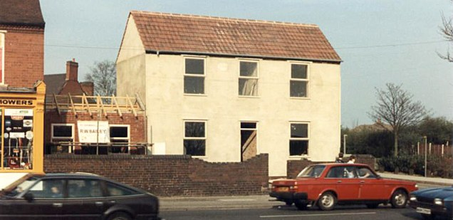 Renovation of building undertaken by Ron Bailey's building company, Ron being a resident living in Friezland Lane. Image very kindly supplied by John Sylvester.