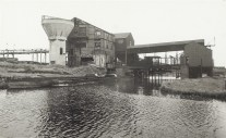 Grove Colliery, Whitsun 1959. From the Canal & River Trust archive.