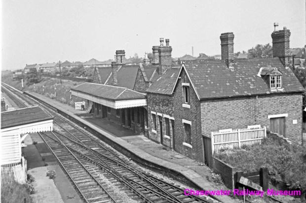 2-brownhills-station-1967