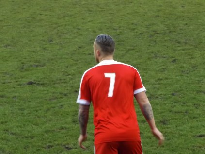 The Wood's number seven with matching hairstyle. Nifty or what?