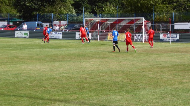 First half and a through move by the Wood fizzles out, sadly