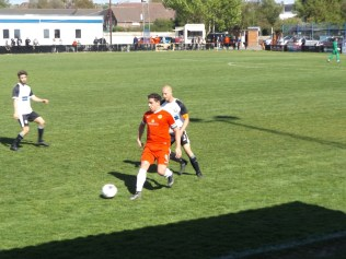 The Wood's captain, Joey Butlin, attracted the usual close attention, but no malice; not Heanor's style