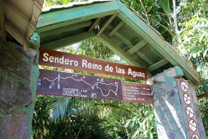 Beginning of Reino de las Aguas trail