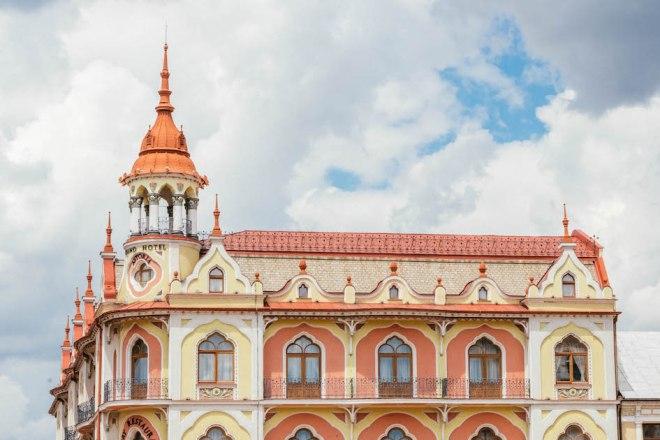 architecture in Romania