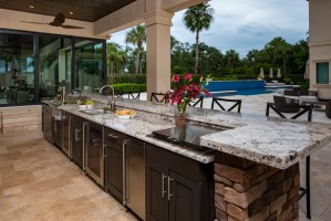How to Design a Contemporary Outdoor Kitchen