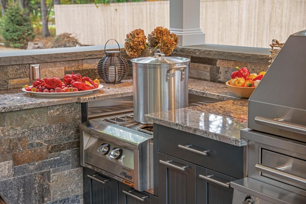 brown jordan outdoor kitchens rustic kitchen lights best appliances you need