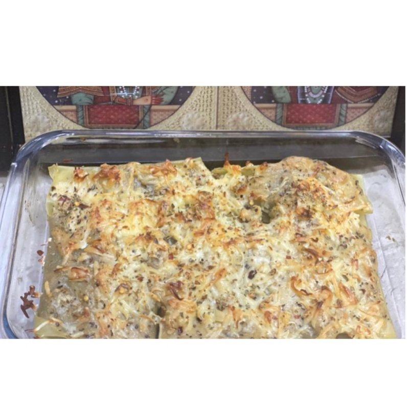 rolled-lasagna-with-white-sauce-multip_img-1-07cee0ac.jpg