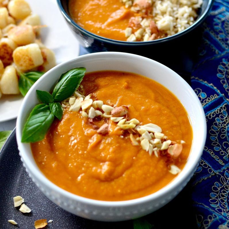 west-african-sweet-potato-peanut-soup-with-cauliflower-gno-multip_img-1-819fe670.jpg