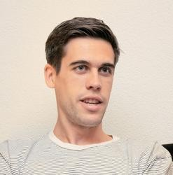 Download Ryan Holiday – Growth Hacker Marketing