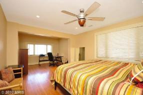 4919-master-bedroom