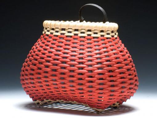 Small-Checkerboard-Shaker-Cats-Head-Wall-Basket-Side-510x384