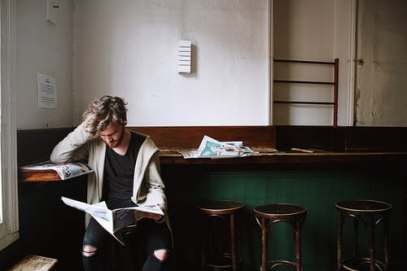 newspaper and man U