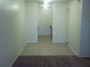 2712_102_Living-Room_1