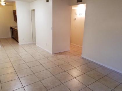 2753-102_Living-Room_3-Medium