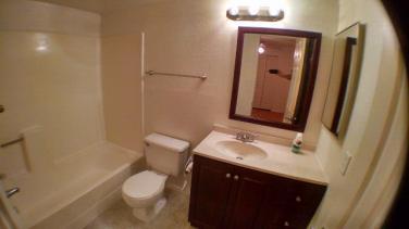 2921_101_Bathroom_3