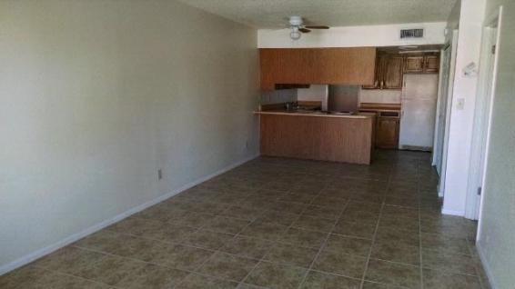 3065-201_Living-Room_3