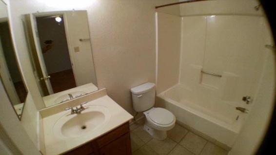 3065_202_Bathroom_2