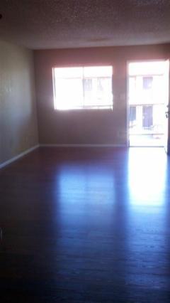 3133-202_Living-Room_1