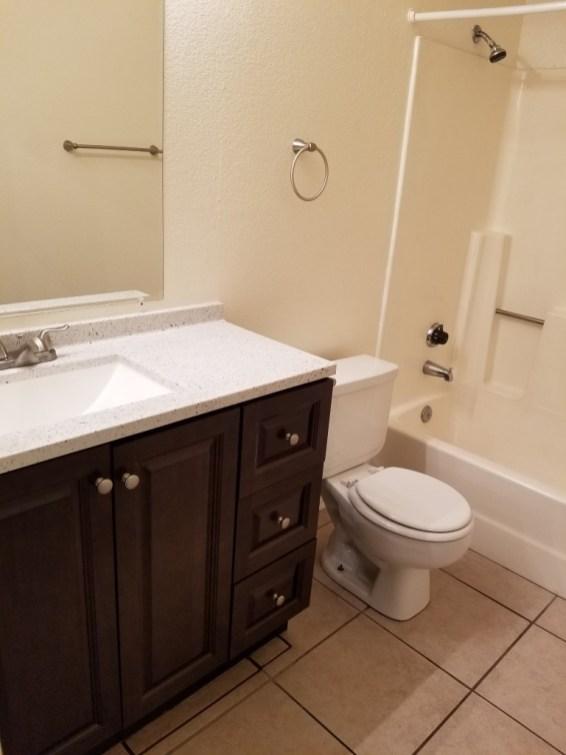 5949_101_Bathroom_1