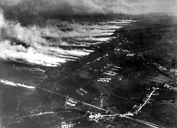 WW1 French gas and flame attack