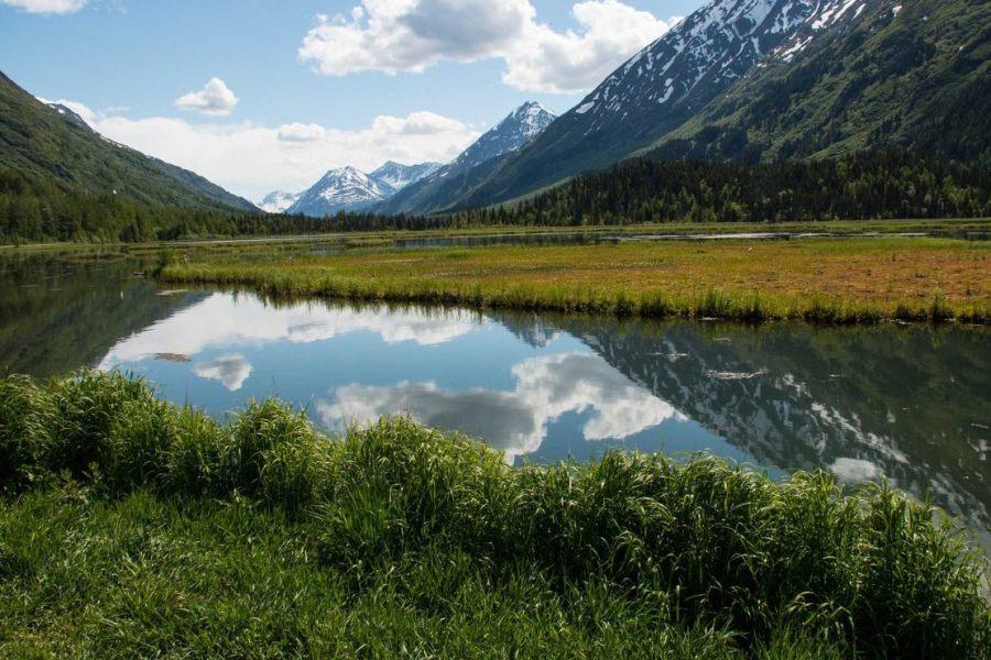 Seen und Berge in Alaska