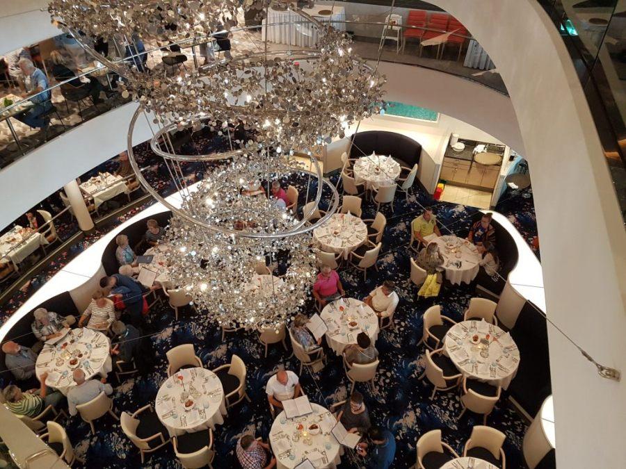 """Das Restaurant Atlantik der """"Mein Schiff 6"""" von TUI Cruises."""