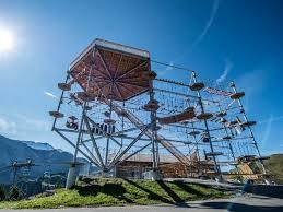 Höi-Turm wird aufgebaut