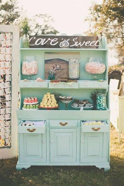 Candybar in vintage kast
